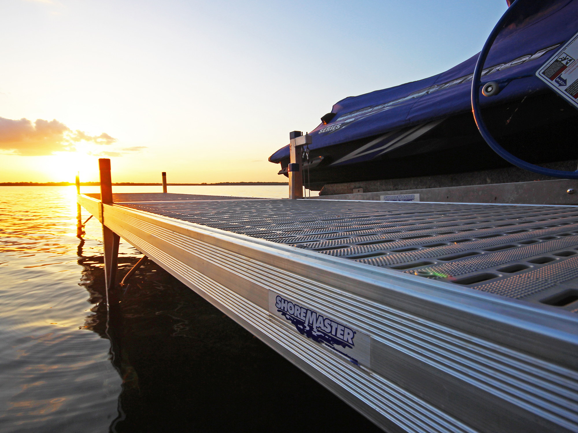 ShoreMaster Infinity RS4 with Glacier Decking
