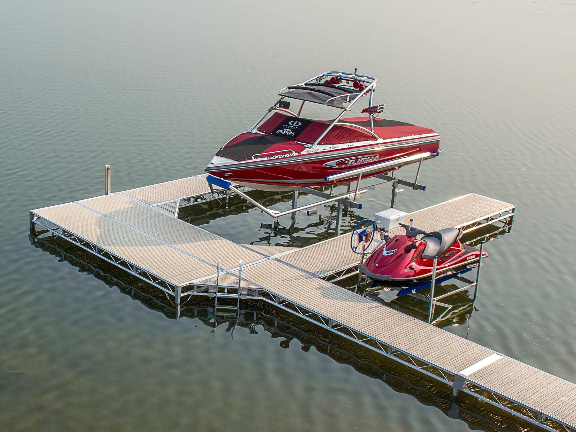 ShoreMaster Infinity TS9 Dock with Hydraulic Lift, PWC Lift and Tan Flow Through Decking