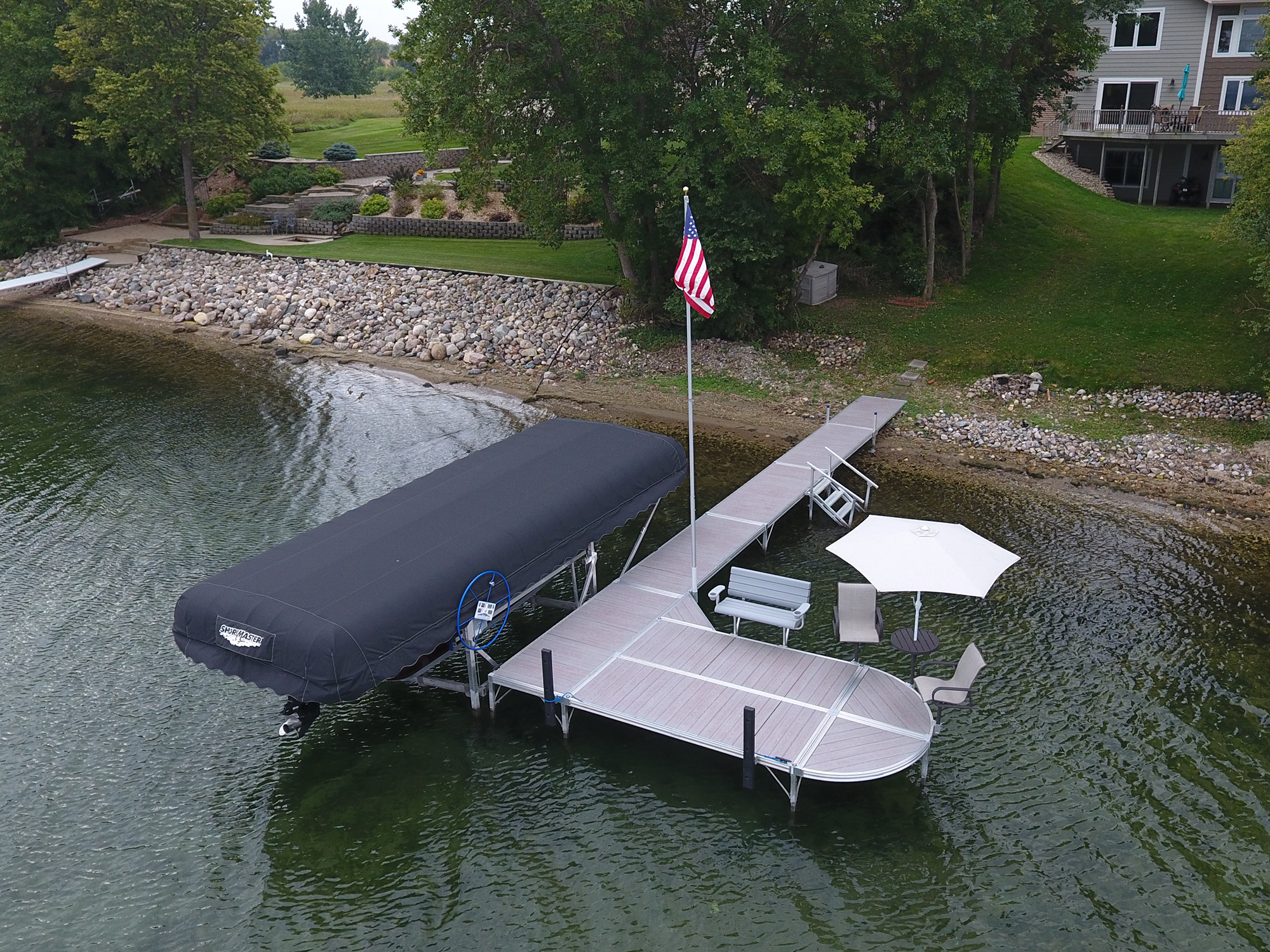 RS4 Gray Woodgrain with Pontoon Lift with Black Canopy