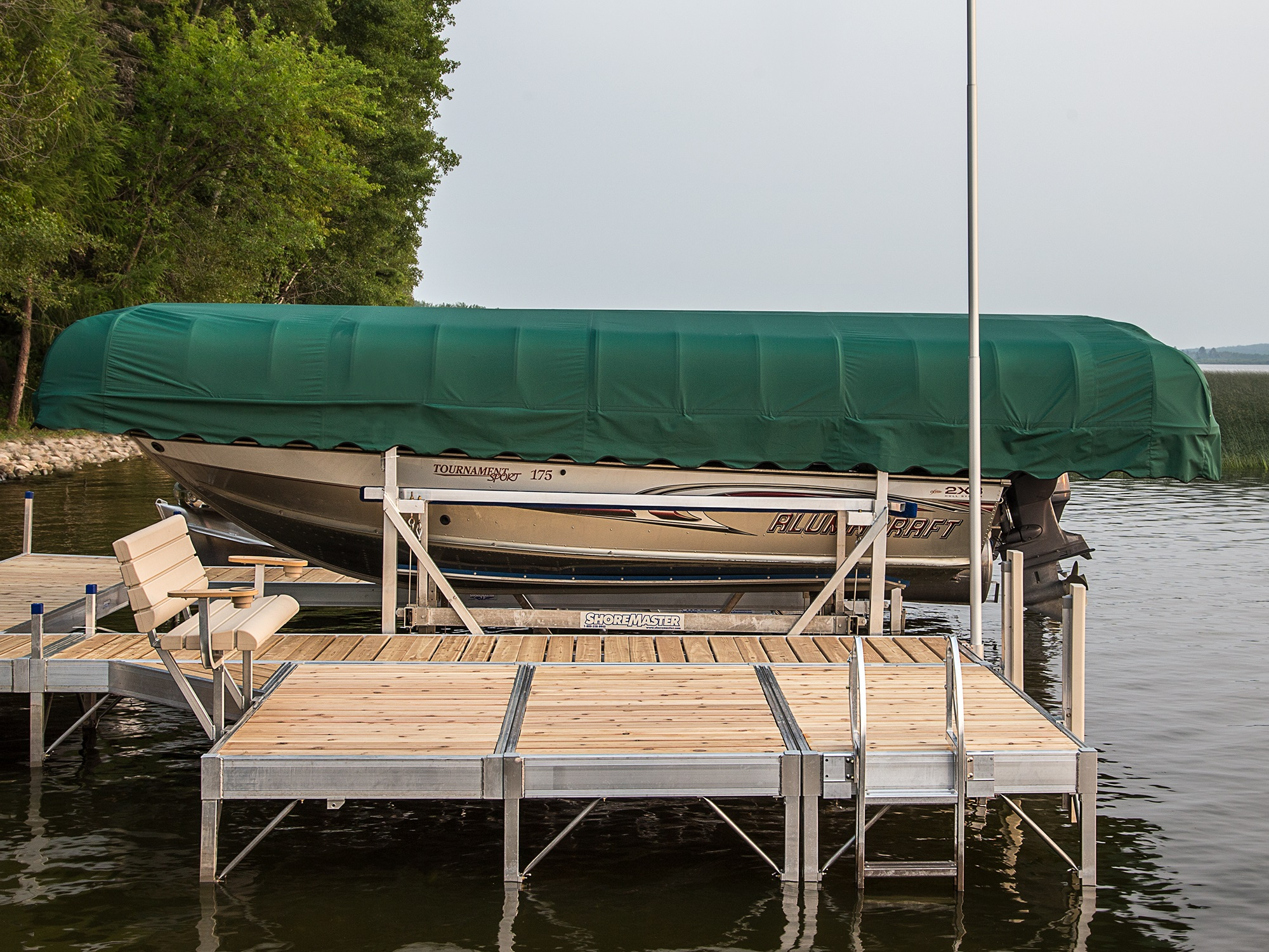 Vertical Lift Double V-Side Green Canopy Infinity RS7 Dock with Cedar Decking